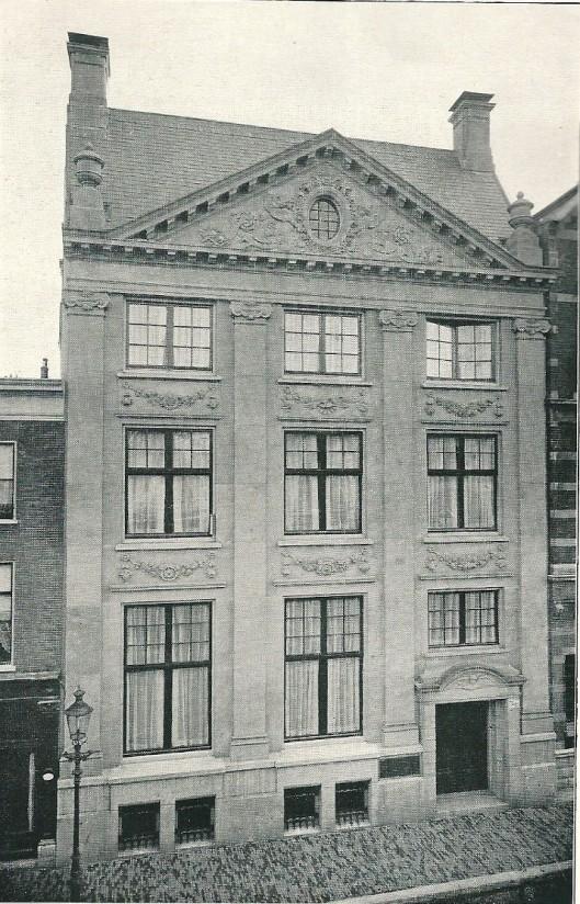 Voormalig bankgebouw van de Firma Brinkman & Co, Zijlstraat 78-80 Haarlem, ontwerp van J. van den ban