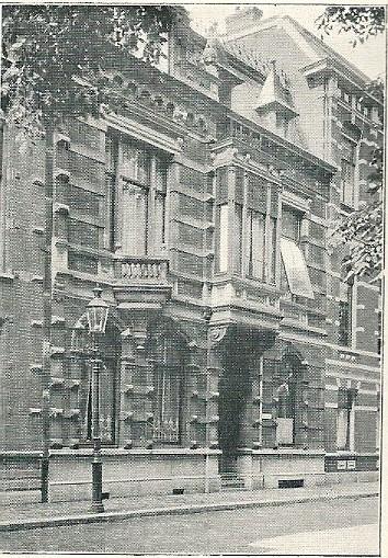 Woonhuis Nieuwe Gracht 51 Haarlem, in 1891 ontworpen door S.Roog en J.van den Ban.