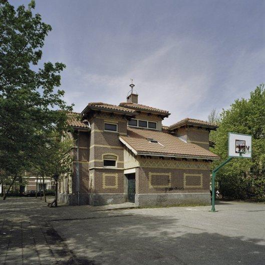 Voorm,alig Tweede Volksbadhuis Haarlem, Leidsevaart. Ontwerp van architect S.Roog, 1903. Rijksmonument