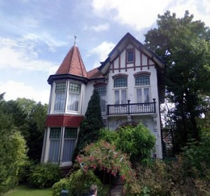 Villa Imhof, Bloemendaal, in 1902 ontworpen door J.van den Ban