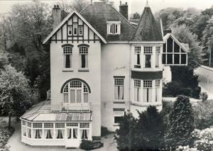 Villa Imhof (J.van den ban), Bloemendaaalseweg 165. Tegenwoordig hotel