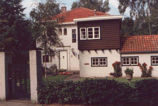 Het Erikhuis, Twaalf Apostelenweg in Nijmegen, alwaar Godfried Bomans ook schreef aan zijn boek 'Erik'.