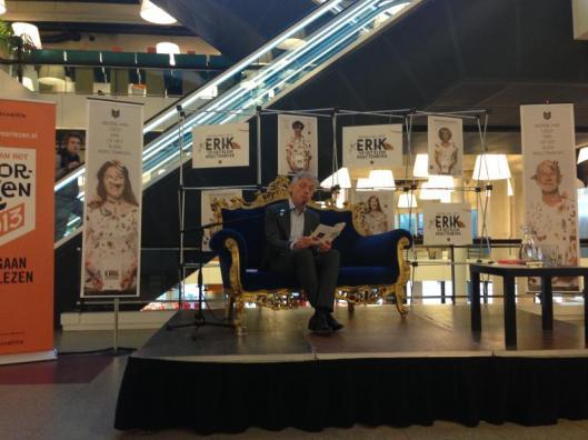 Het voorlezen van Erik door Erik in de centrale bibliotheek van Rotterdam