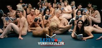 KesselsKramer baarde in 2011 opzien met de Nederland Leest postercampagne  'Het leven is vurrukkulluk' van Remco Campert