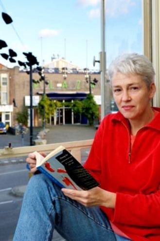 Marlene Lunter geeft ibnteractieve lezingen over leven en wek van Godfried Bomans met speciale aandacht voor het boek 'Erik of het klein insectenboek'