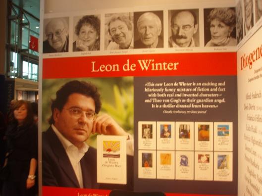 Cees Nooteboom en Leon de Winter zijn anno 2013 de meest populaire Nederlandstalige schrijvers in Duitsland