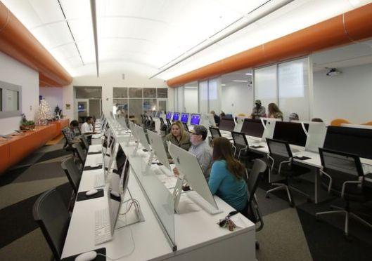 Interieurfoto van de digitale openbare bibliotheek in San Antonio, Texas (Associated Press)