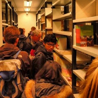 De meeste resterende boeken zijn op 19 en 20 december door belangstellenden boeken meegenomen. Enkel voor Franse uitgaven was weinig interesse.