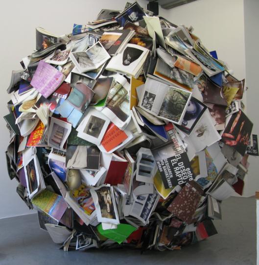 'In Breeding' , boeken als kunst door Alicia Martin