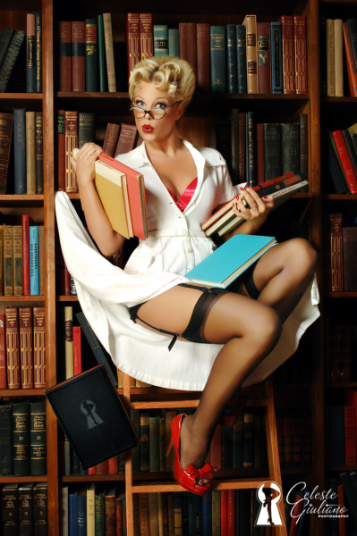 Pin up librarian (Celeste Guiliano Photography)