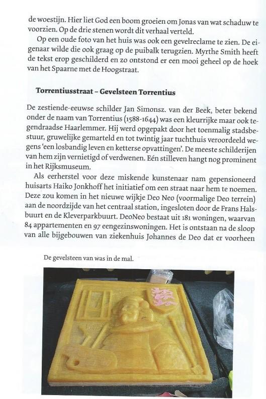 Torrentiusstraat en gevelsteen door Martin Busker. uit: Jaarboek Haerlem 2014, 2015, pagina 206.