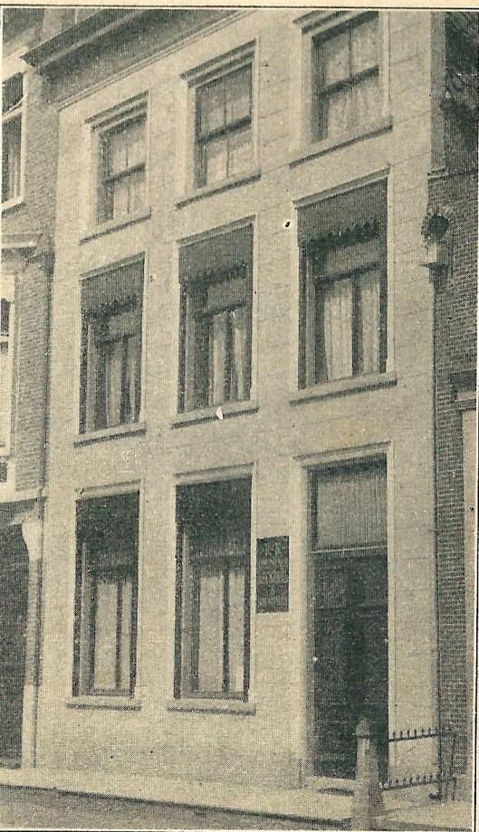 Het gebouw van de r.k. openbare leeszaal te Amersfoort (Katholieke Illustratie, 3-1-1914)