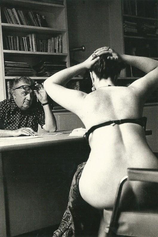 Foto: Michelanagelo Durazzo/ANO. De Italiaanse regisseur Frederico Fellini zoekt in 1974 actrices uit voor zijn film 'Casanova'