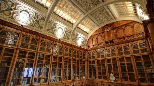 De Shakespeare Memorial Room in Birmingham, oorspronkelijk gebouwd in 1882. Verhuisd en herbouwd op de negende verdieping van het nieuwe bibliotheekgebouw (foto BBC)