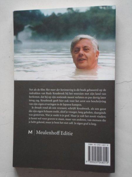Achterzijde van boek door Rudy Kousbroek: Terug naar