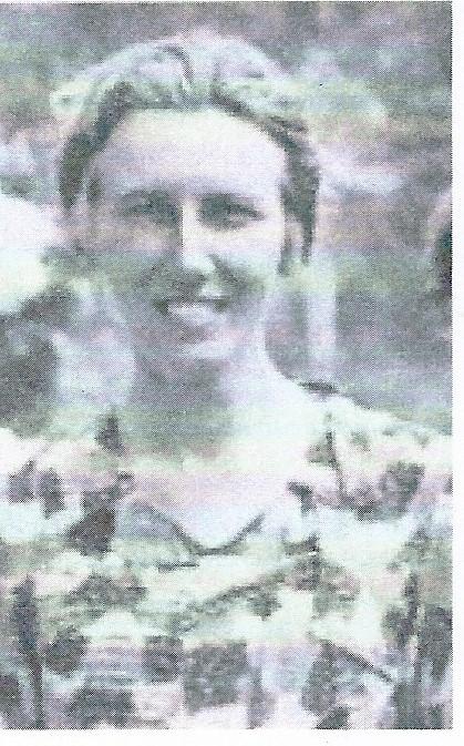 Portret van mej. M.B.Aberson, die les gaf in klas 4. Zij was familie van Nederlandse koloniale familie Aberson.