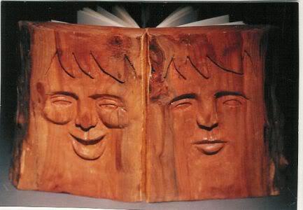 'Being Human' van Barbara Yates bevat foto's van mensen (aangekocht door openbare bibliotheek van Cincinnati, USA)