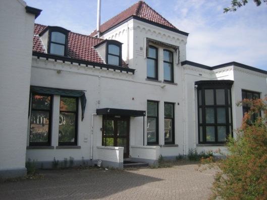 Nog een afbeelding van het voormalig Verenigingsgebouw aan de Herenweg in Heemstede (2015)