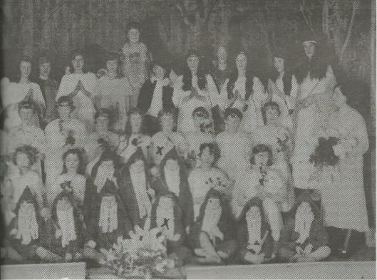 Opvoering van kinderoperette in 1931 door het r.k. kinderkoor in het Vereenigingsgebouw