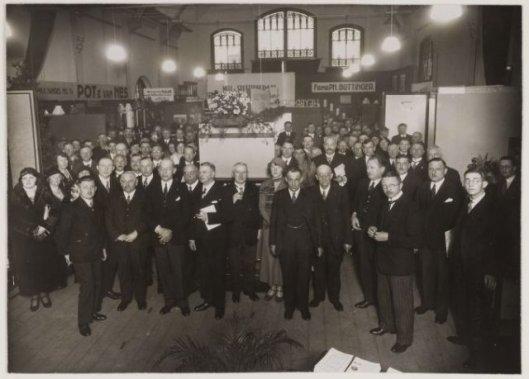 Expositie over gasverbruik inverband met het 25-jarig bestaan van de gemeentelijke gasfabriek in het Verenigingsgebouw, 1934.