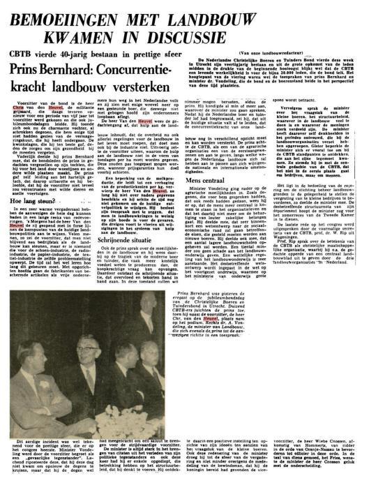 Jubileum 40 jaar CNTB. Op de krantenfoto v.l.n.r. prins Bernhard, Chr. Van den Heuvel en dr. A.Vondeling, minister van landbouw (Leeuwarder Courant, 6-6-1958)