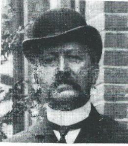 J.M.Bomans met bolhoed