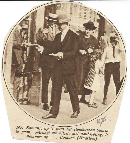 Mr.J.B.Bomans gaat stemmen op mr.J.B. Bomans. Uit: Kath. Ill.,1925