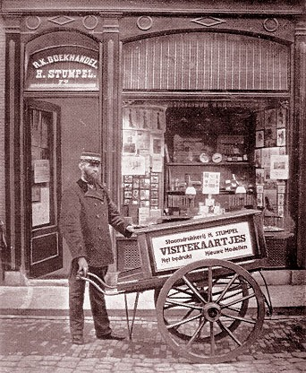 Boekhandel Stumpel in Hoorn aan de Grote Noord in 1910.