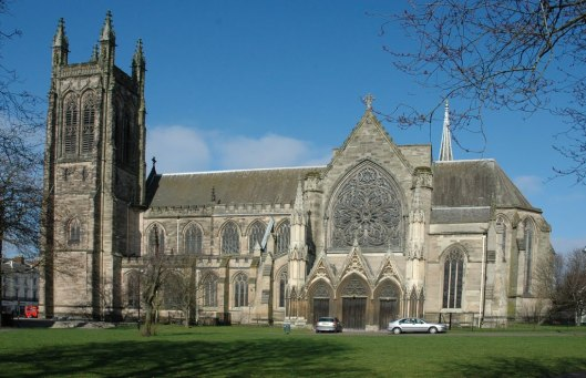 De anglicaanse Allerheilgen parochiekerk, van Royal Leamington Spa is gebouwd in 1842
