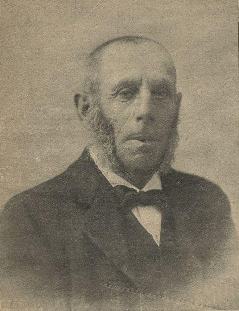 Portret van de Jpodse boekhandelaar Jozef Blok uit 1905
