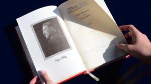'Mijn Kampf' met handtekening van de auteur