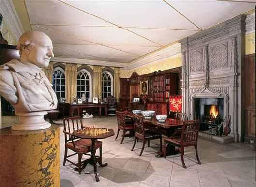 Eén van de talrijke kamers in Tissington Hall