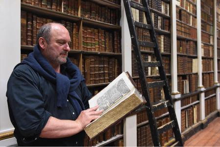 Se seminariebibliotheek van Luik toont een incunabel