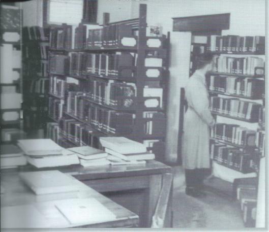 Bibliotheekinterieur Naarden-Bussum, Gen. de la Reylaan, 1914