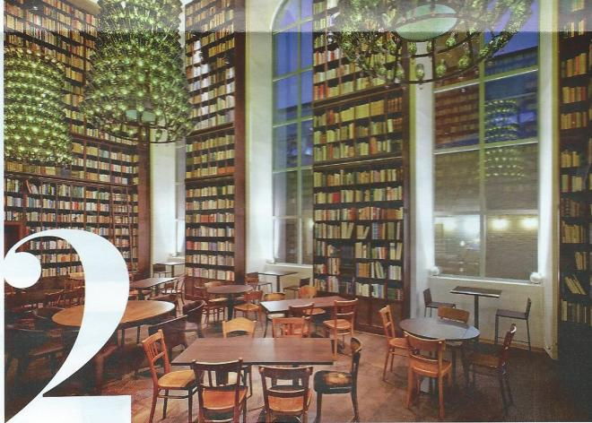 Boekenbar in voormalige bierbrouwerij Hürlimann in Zürich thans B2 Boutique Hotel,. Brandschenkestrasse 152