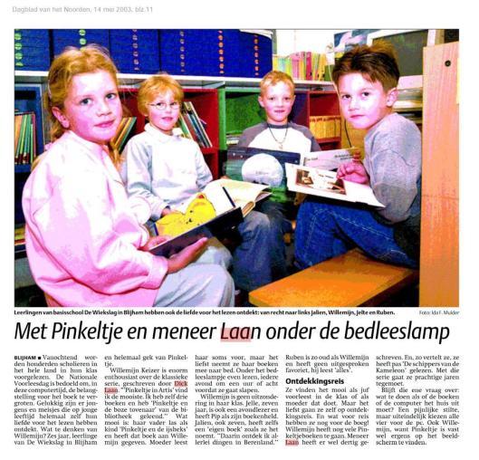 Met Pinkeltje en meneer Dick Laan onder de bedleeslamp. Uit: Dagblad van het Noorden van 14 mei 2003.