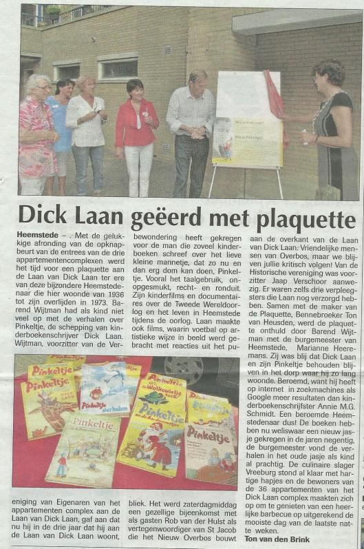 Dick Laan geëerd met plaquette. Uit: de Heemsteder van 7 september 2011