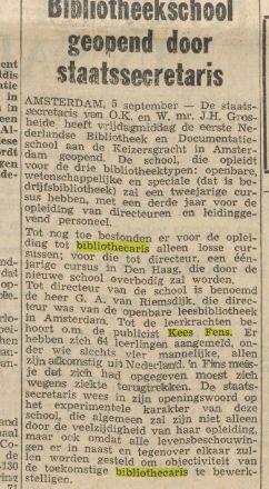 Opening Bibliotheek- en Documentatieschool Amsterdam met Kees Fens als leerkracht. Uit: Limburgsch Dagblad, 5-9-1964
