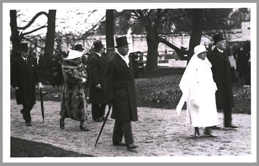 Bezoek van koningin Wilhelmina en prinses Juliana aan de FLORA op 2 april 1935