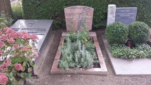 26 juli 2013 is B.G.F.Brinkel/Michel van der Plas begraven op de Oosterbegraafplaats in Voorburg (foto Frank van der Voordt)
