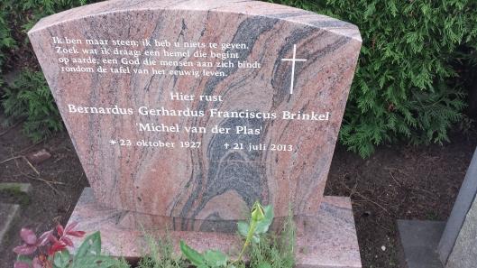 Graf van Michel van der Plas in Voorburg (foto Frank van der Voordt)
