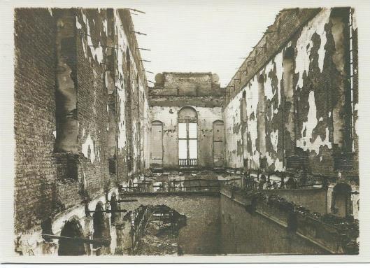 De universiteitsbibliotheek van Leuven na brand in 1914