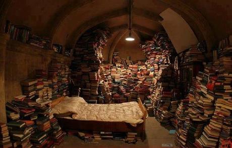 De slaapkamer annex bibliotheek van een verdoemde schrijver uit Los Angeles