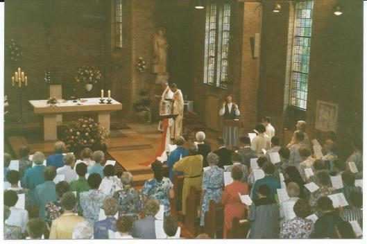 Heilige Mis in kapel van Mariënheuvel, Zusters Augustinessen Heemstede