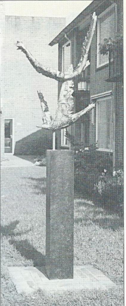 Sculptuur Vliegende vogels/rust in beweging; door Frans van der Veld 1992. Locatie: Julianaplantsoen