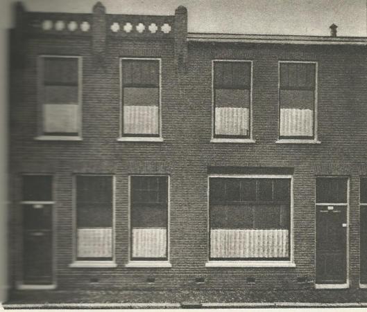 Het kantoor van de r.k. landarbeiders- bond in de Billitonstraat te Haarlem, april 1914 in gebruik genomen