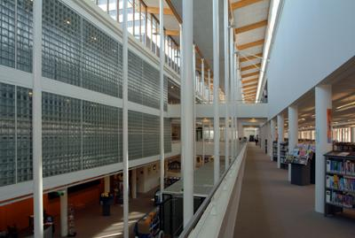 Openbare bibliotheek Schiedam (ontwerp van Hans Ruijsenaars architecten)