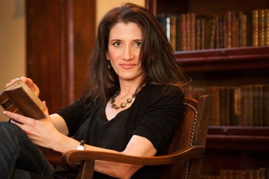 Professor Denise Gigante van Stanford University is een expert op het gebied van de 19e eeuwse bibliomanie