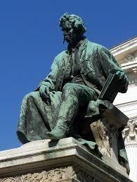 Janos Arany (1817-1882), Hongaars journalist en letterkundige. Standbeeld in Budapest