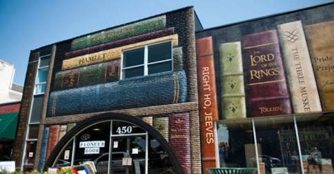 Een boekhandel volgde het voorbeeld van de bibliotheek in Kansas